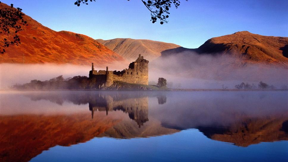Ruins of an ancient castle inScotland