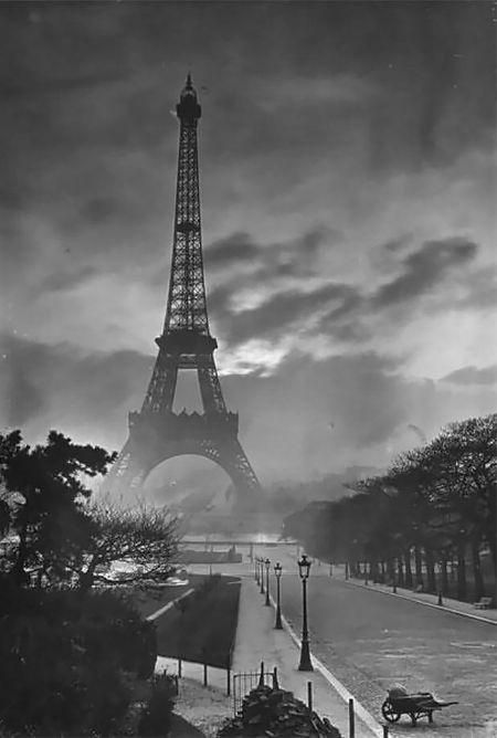 Paris by Yvon,1920