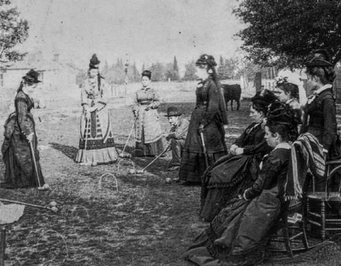 Women playing croquet,1800s