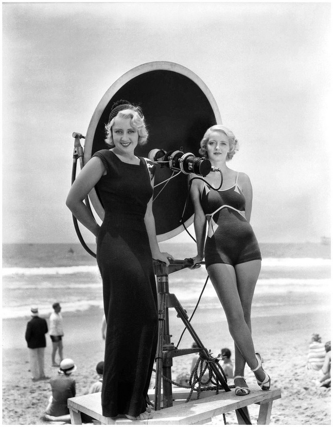 Joan Blondell and Bette Davis at the beach,1930s