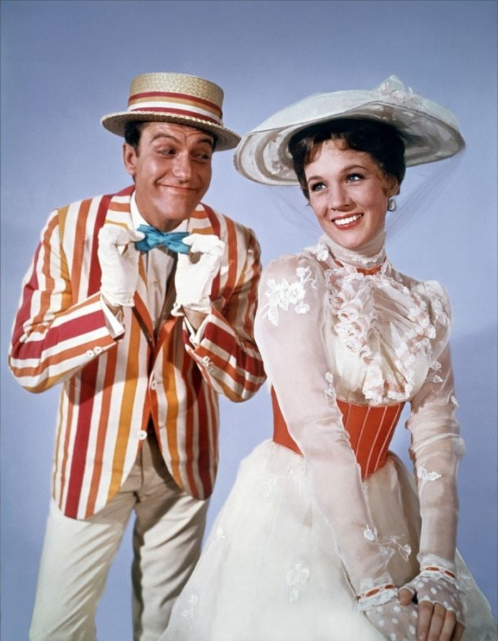 """Dick Van Dyke and Julie Andrews in """"Mary Poppins"""",1964"""