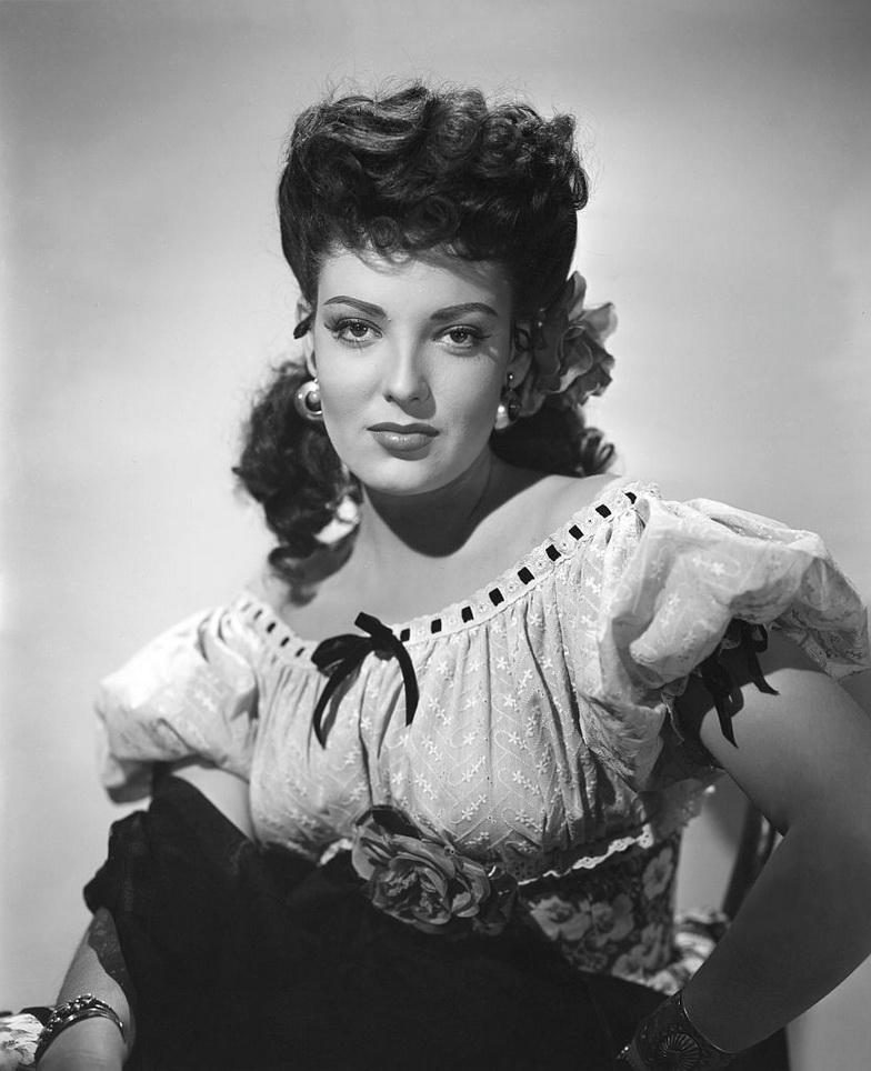 """Linda Darnell as Chihuahua in """"My Darling Clementine"""", 1946"""
