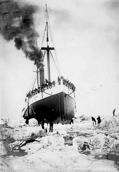 The SS Portland stuck in the ice off the coast of Alaska,1903