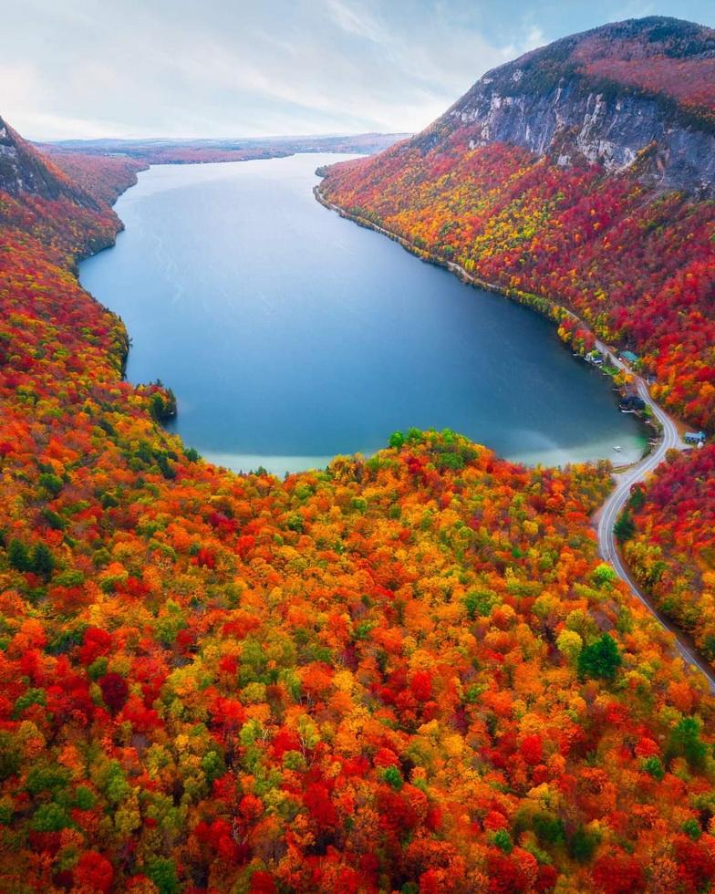 Autumn in Vermont,2021