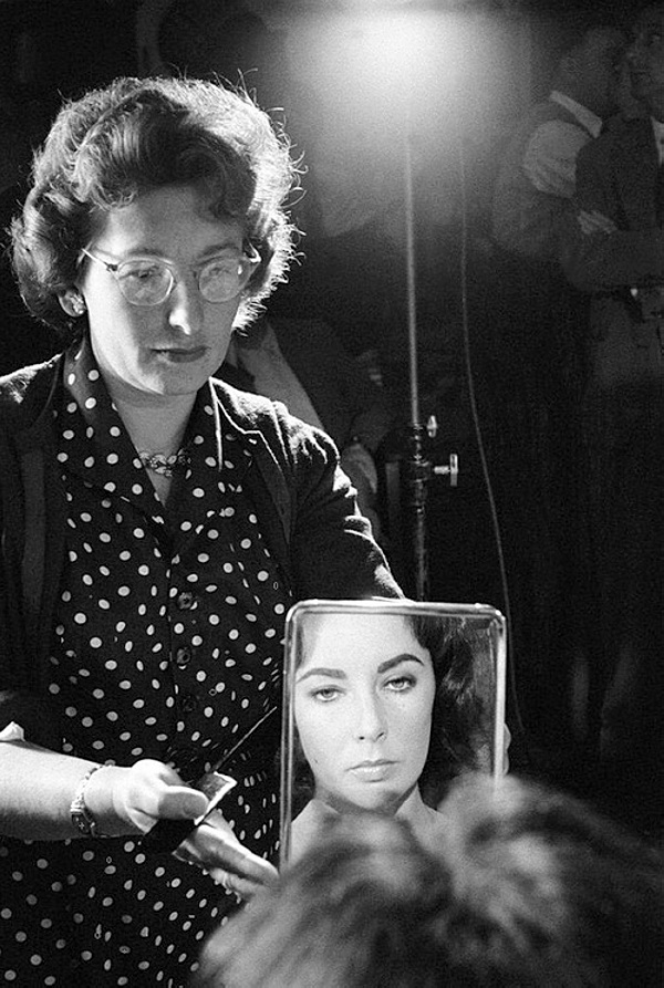 "Elizabeth Taylor on the set of ""Suddenly, Last Summer"",1959"