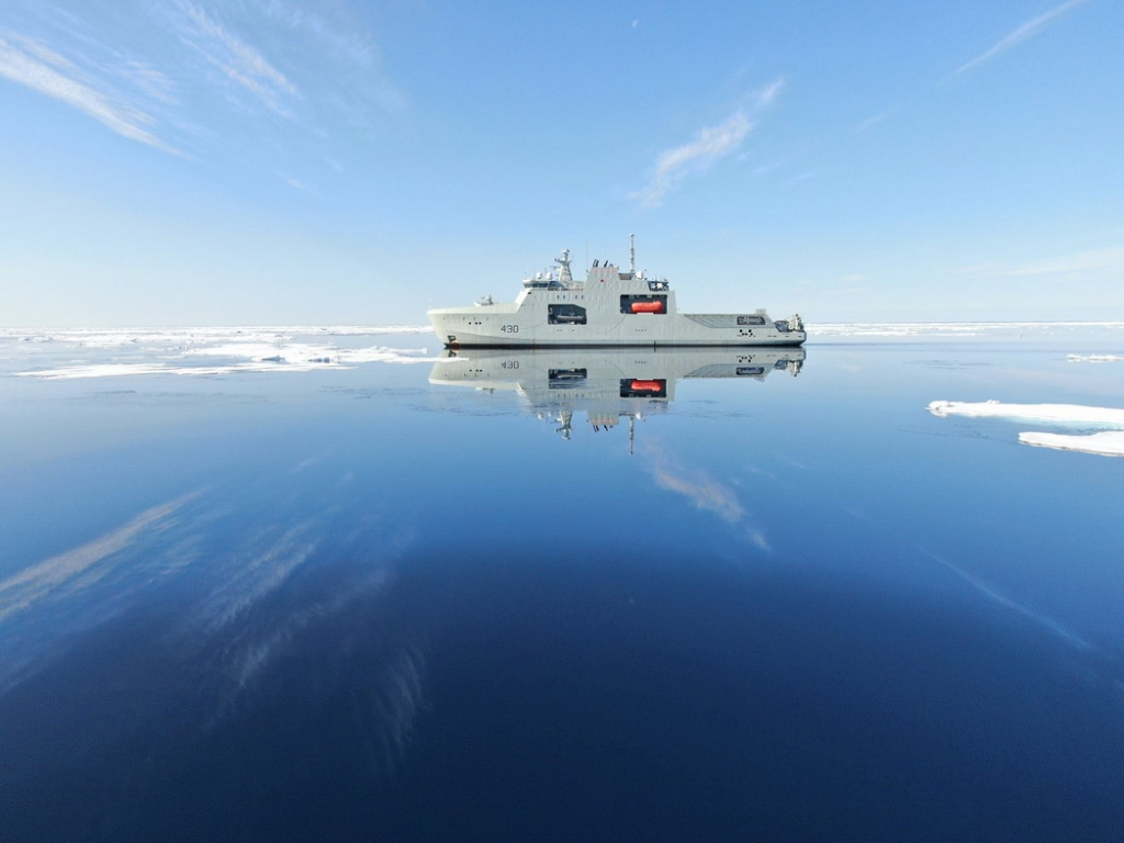 A Royal Canadian Navy ship in the unfrozen Northwest Passage, Arctic Ocean,2021